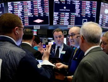 U.S.-stock-futures-jump-following-Thursday's-sharp-rally